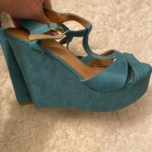 Suede turquoise wedges